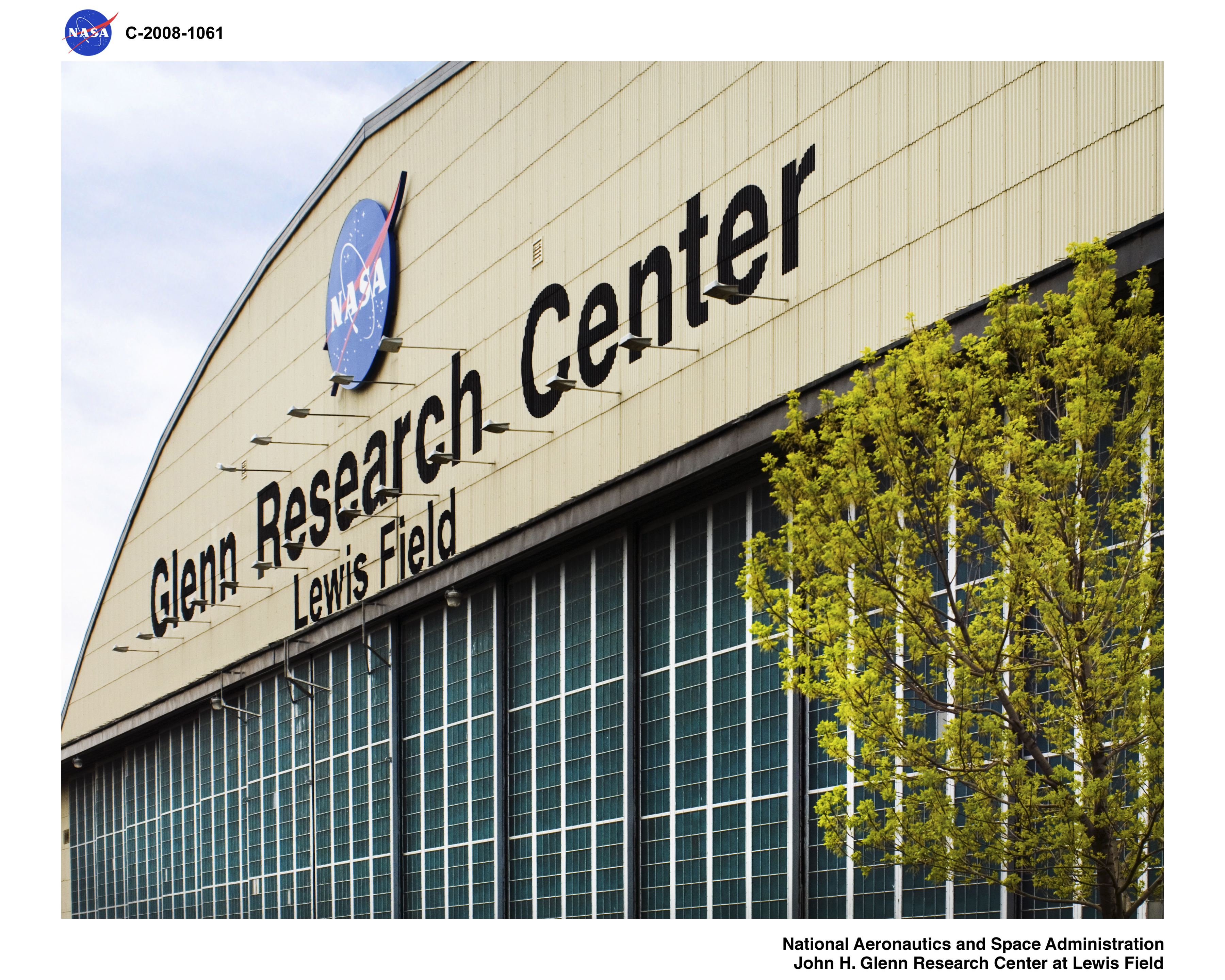 Photo of Glenn Research Center Hanger from the NASA image Library